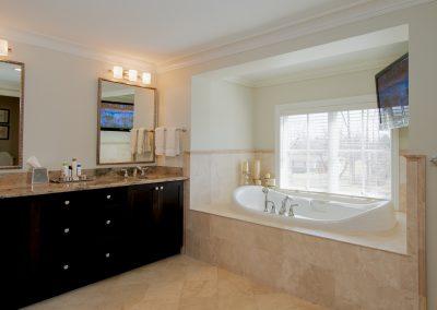 Baster Bath 2